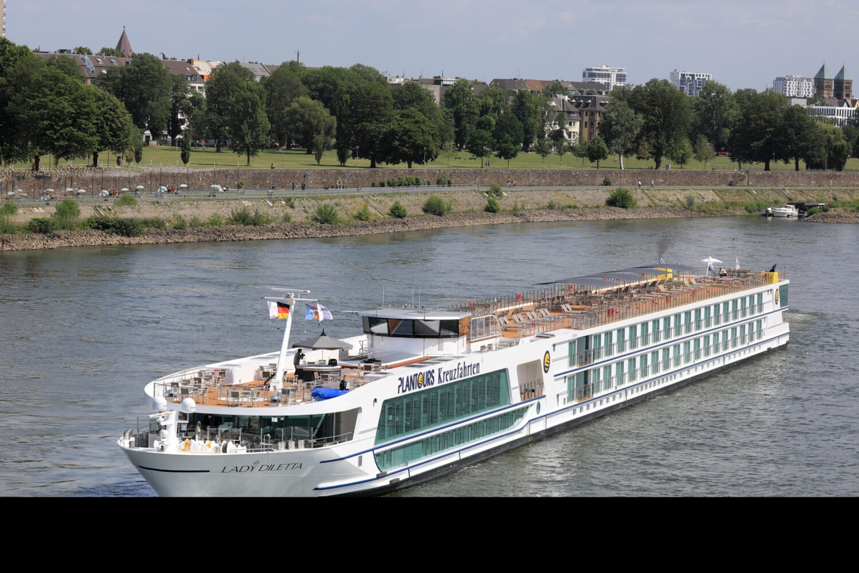 """Plantours Kreuzfahrten: Gelungene Taufe und Start für Neubau """"Lady Diletta"""""""
